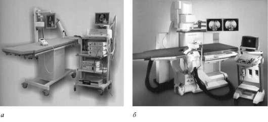 Аппараты для дистанционного дробления – литотриптеры: а – российский, б − немецкий
