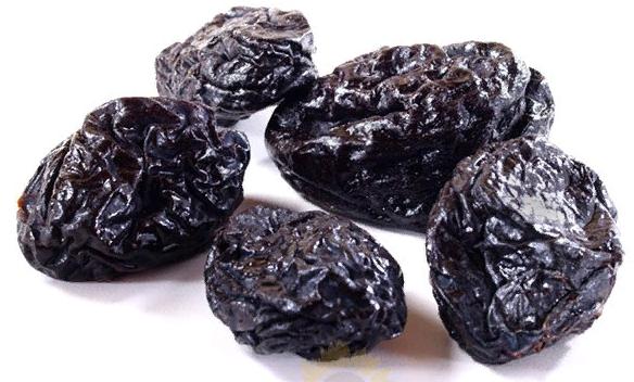 Чилийский чернослив. Обработан глицерином, но он легко смывается водой. Покупать можно